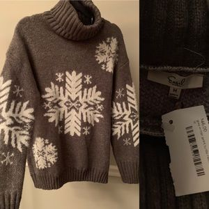 Sweaters - NWT Snowflake Turtleneck Sweater
